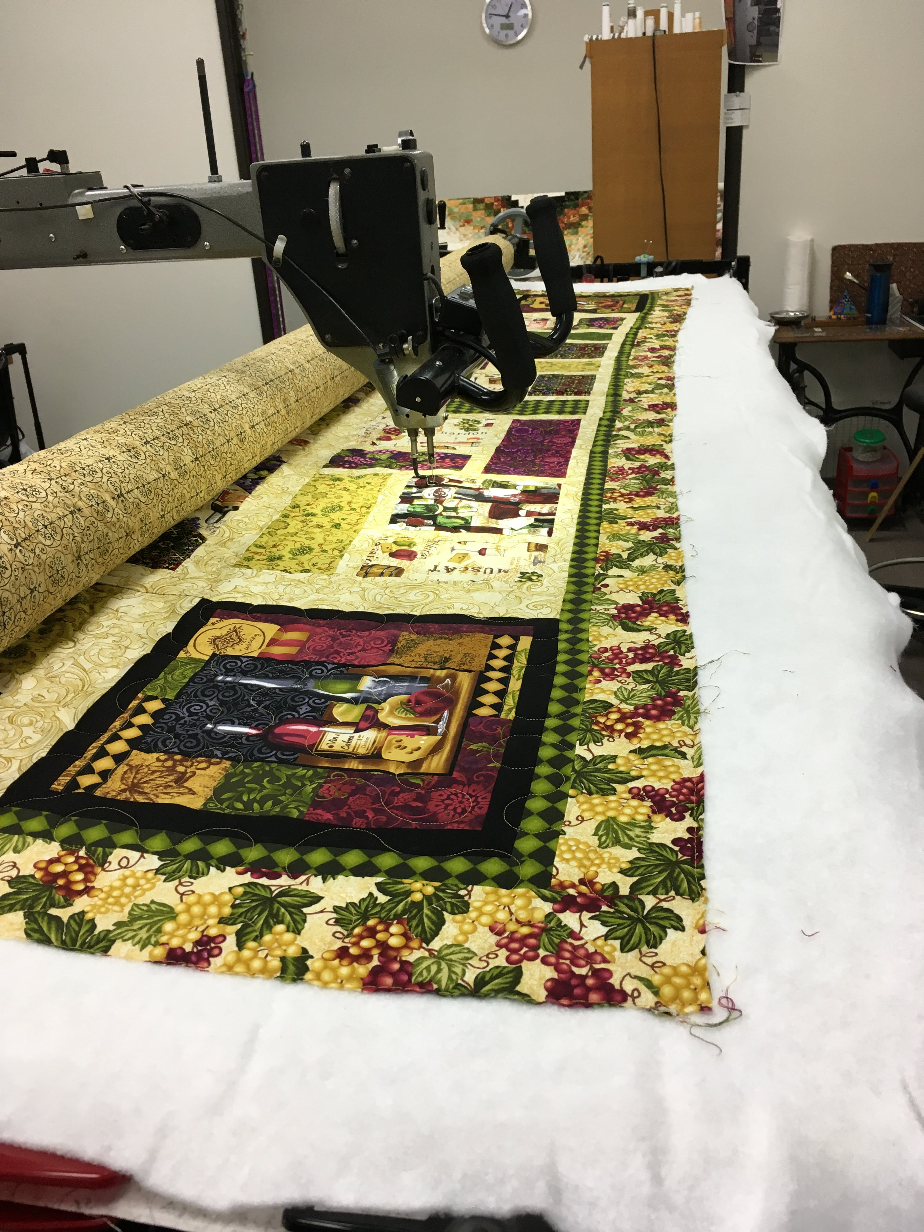 shop twin quilt page hutchinson r finished main home quilting lap image haven minnesota celebrate on